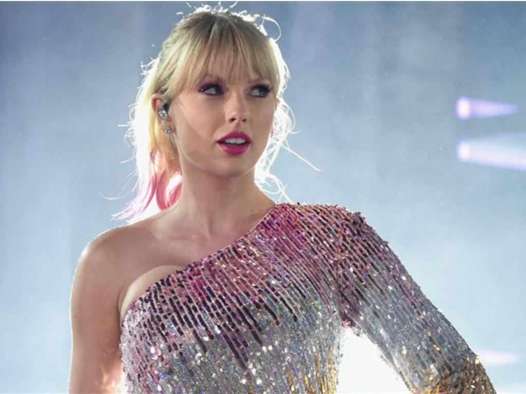Taylor Swift Confirms She Will Re-Record First 6 Albums After Scooter Braun Big Machine Deal