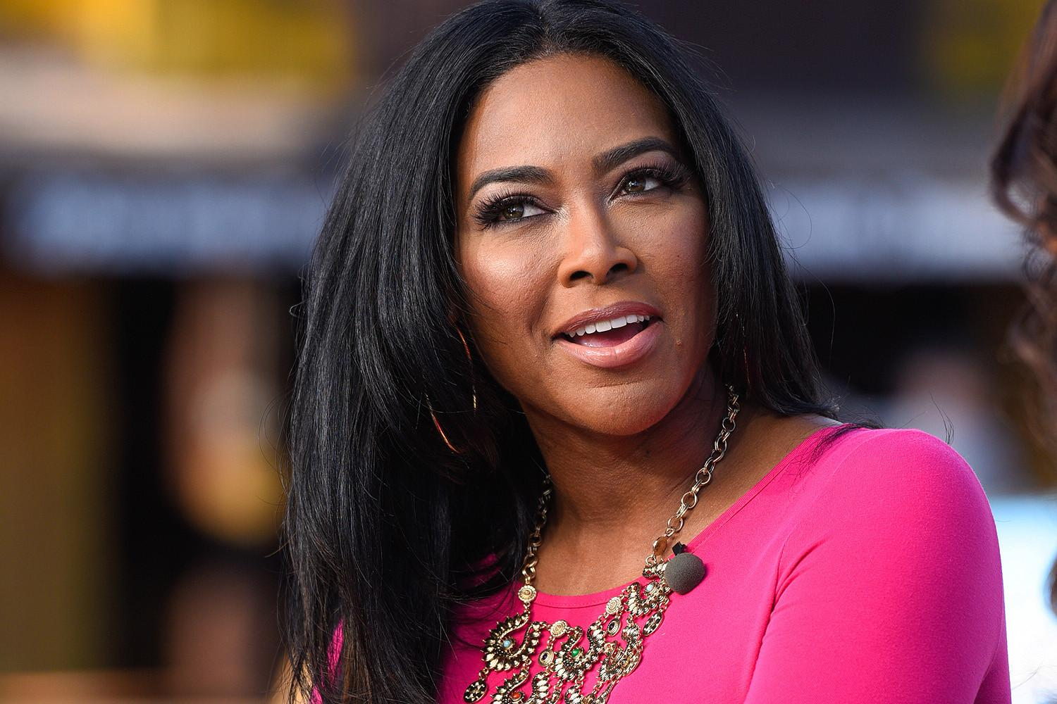 Kenya Moore Shares A Lot Of Skin In Her Latest Photo And Fans Cannot Have Enough Of Her