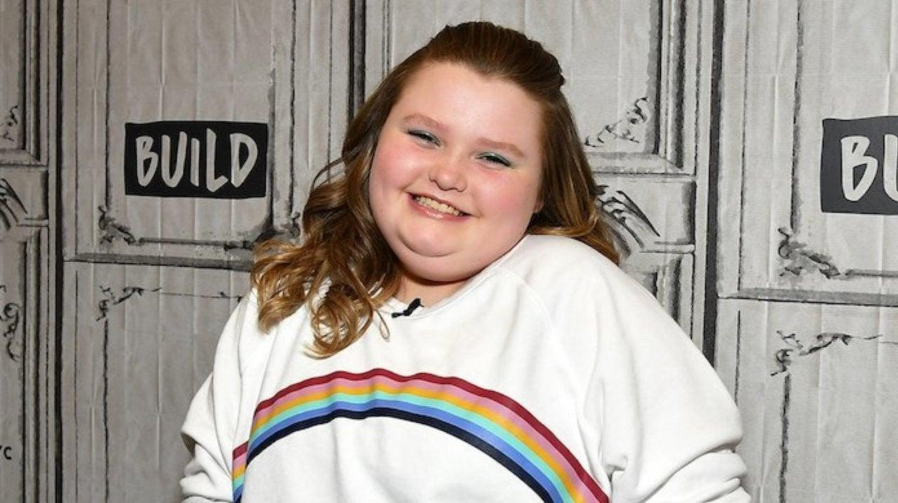 Honey Boo Boo Shockingly Mimics Snorting Cocaine On Facebook Live