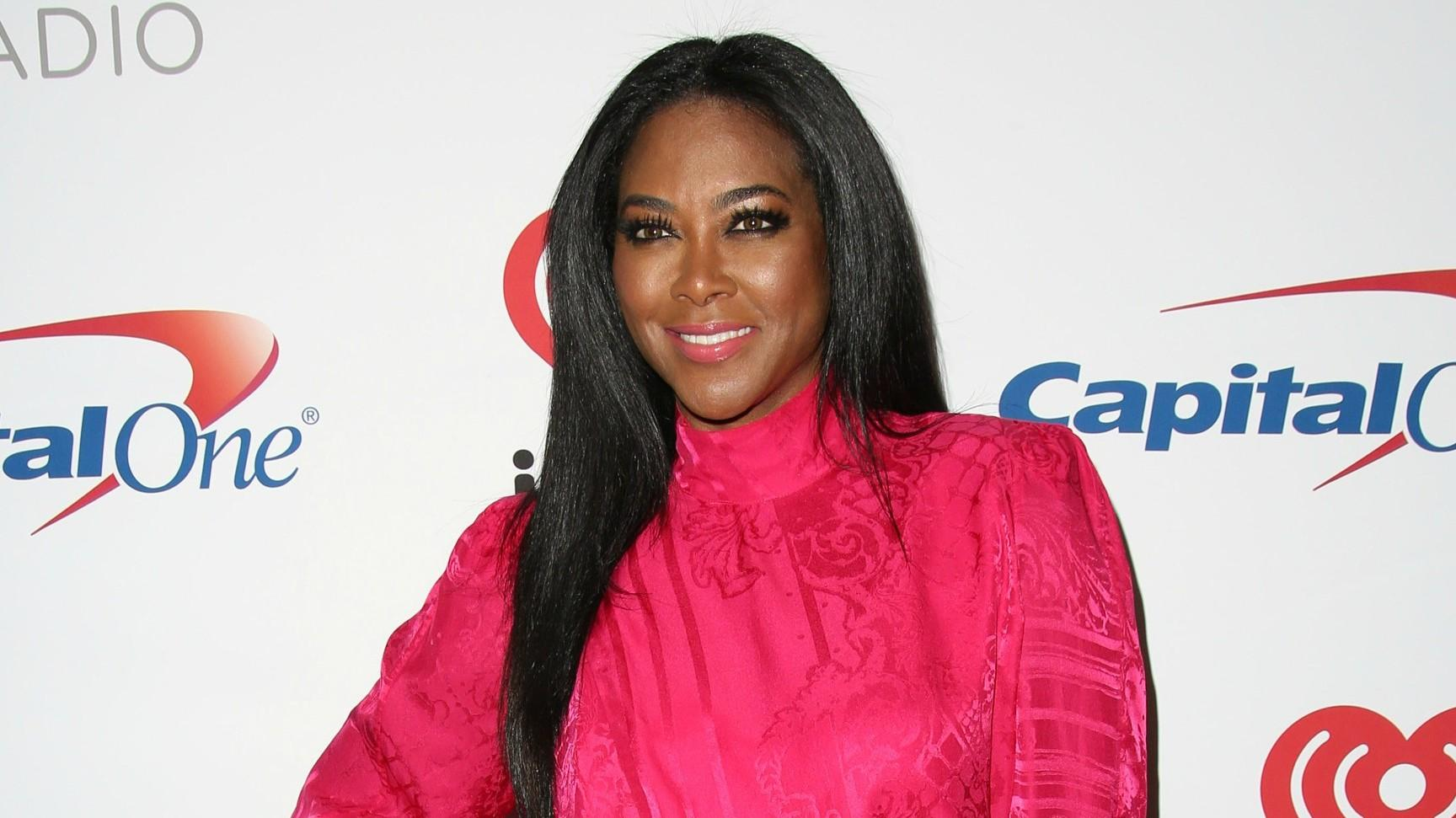 Kenya Moore Shows Off Her Flawless Figure And Fans Say She's Thinner Compared To Her Pre-Pregnancy Body