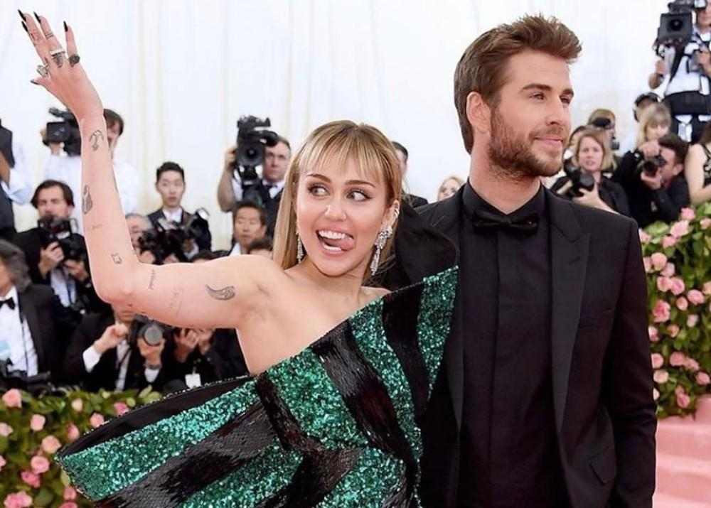 Liam Hemsworth Shocked By Photos Of Miley Cyrus And Katilynn Carter Kissing, Says Report