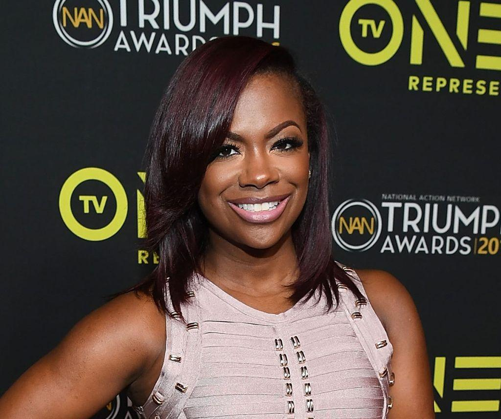 Kandi Burruss Shows Off Her Toned Legs And Fans Praise Her