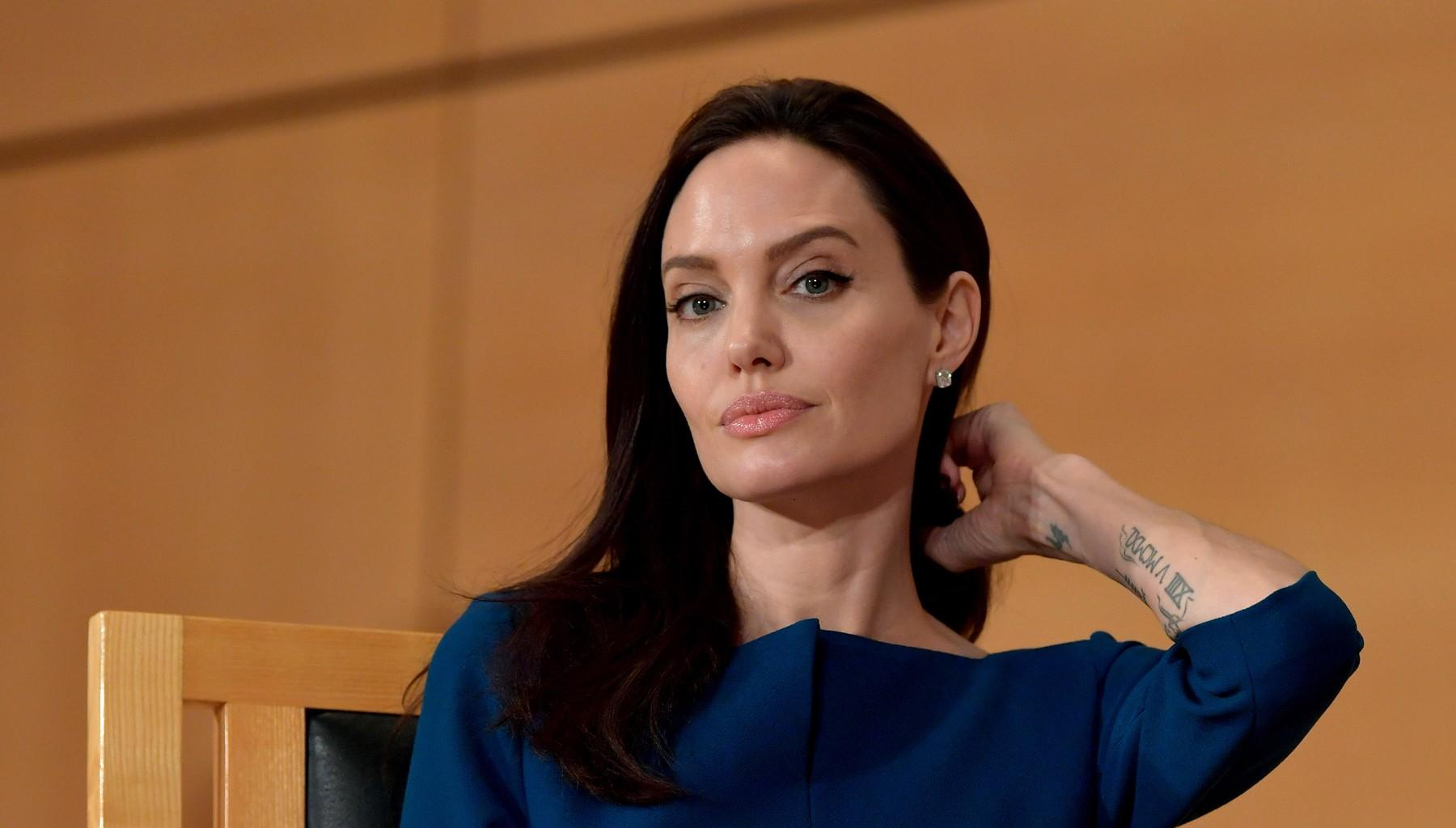 Angelina Jolie Plans To Do This Now That Maddox And Brad Pitt Have Left