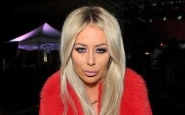 Aubrey O'Day Claims Flight Attendant Forced Her To 'Remove' Her Shirt