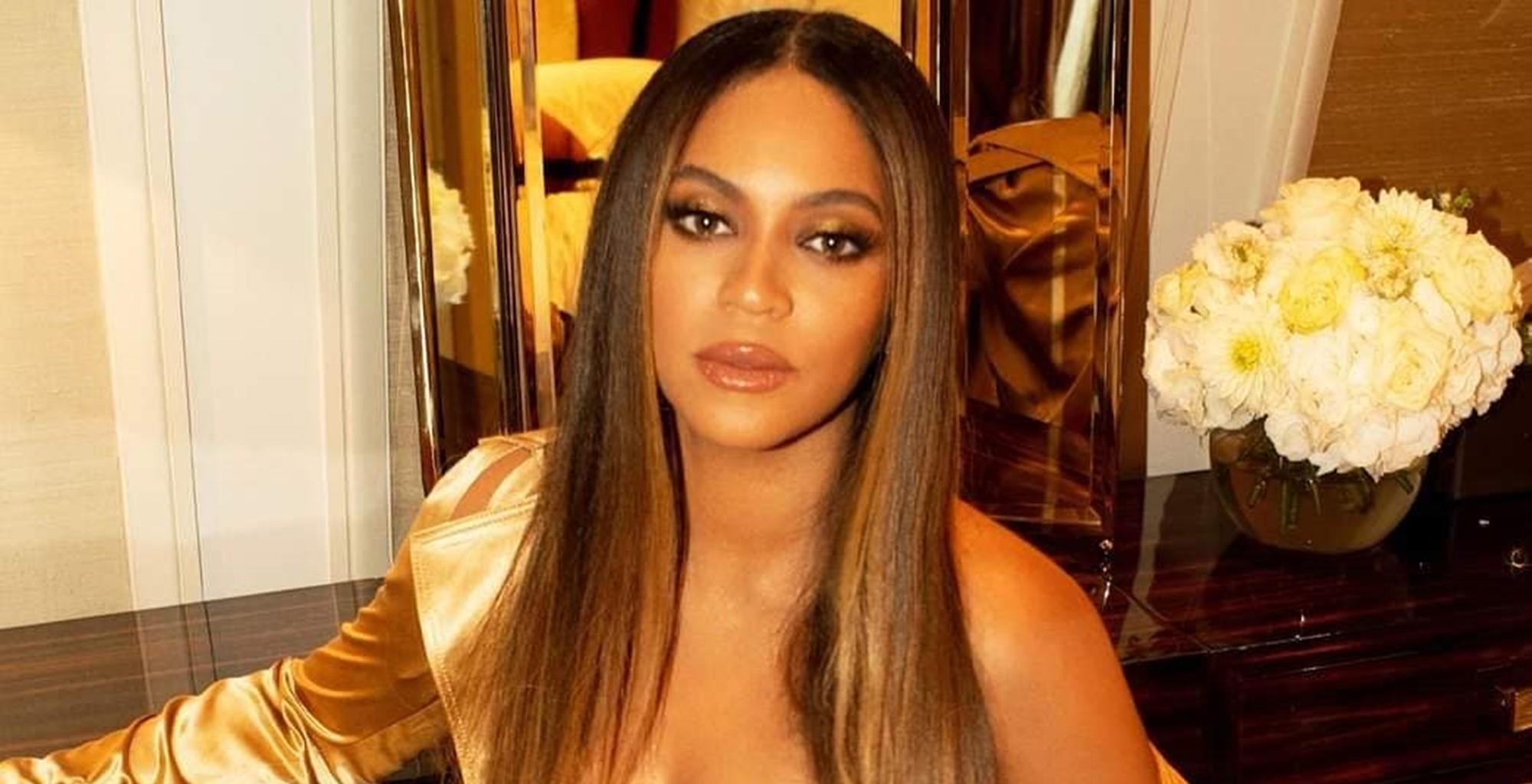 Jay-Z Surprises Beyonce With Birthday Cake And Serenades Her In Videos As New Pregnancy Rumors Surface