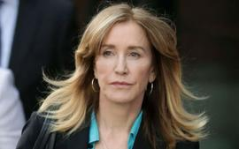 Felicity Huffman Asks Judge For 'No Jail Time' After Explaining Her Actions In College Admissions Scandal