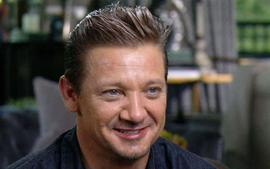 Jeremy Renner Shuts Down His Application After Sneaky Trolls Impersonate Him