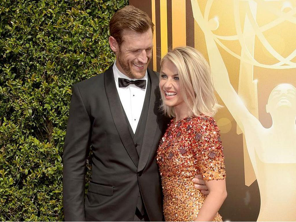 Brooks Laich Reveals How Wife Julianne Hough Coming Out As 'Not Straight' Has Inspired Him
