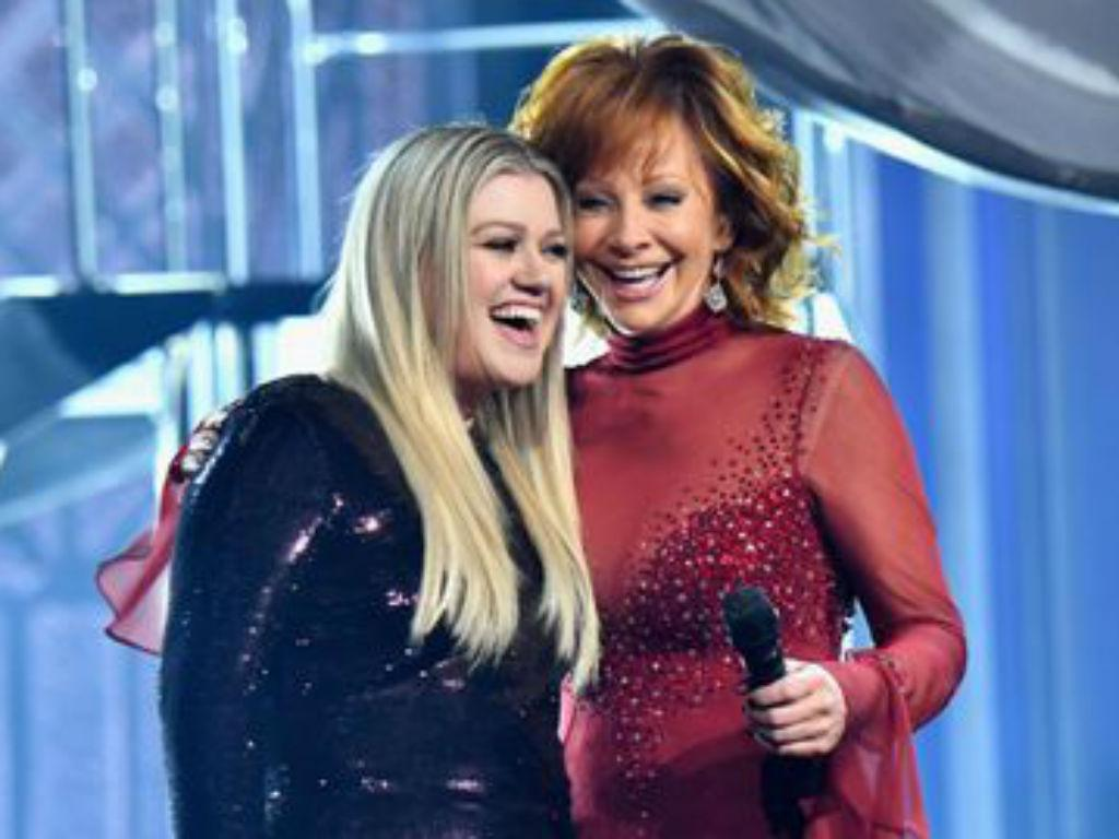 Kelly Clarkson Gushes Over Mother-In-Law Reba McEntire