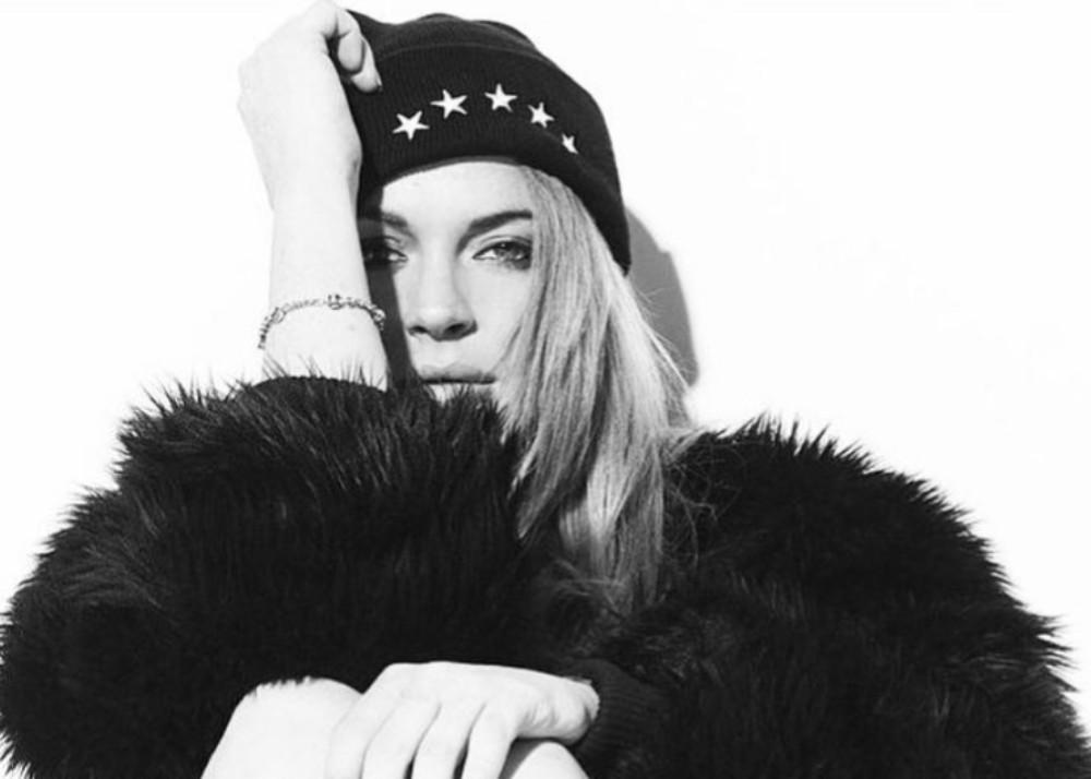 Lindsay Lohan Shares Snippet Of New Song Xanax And Fans Are Loving It — Lilo Is Back!