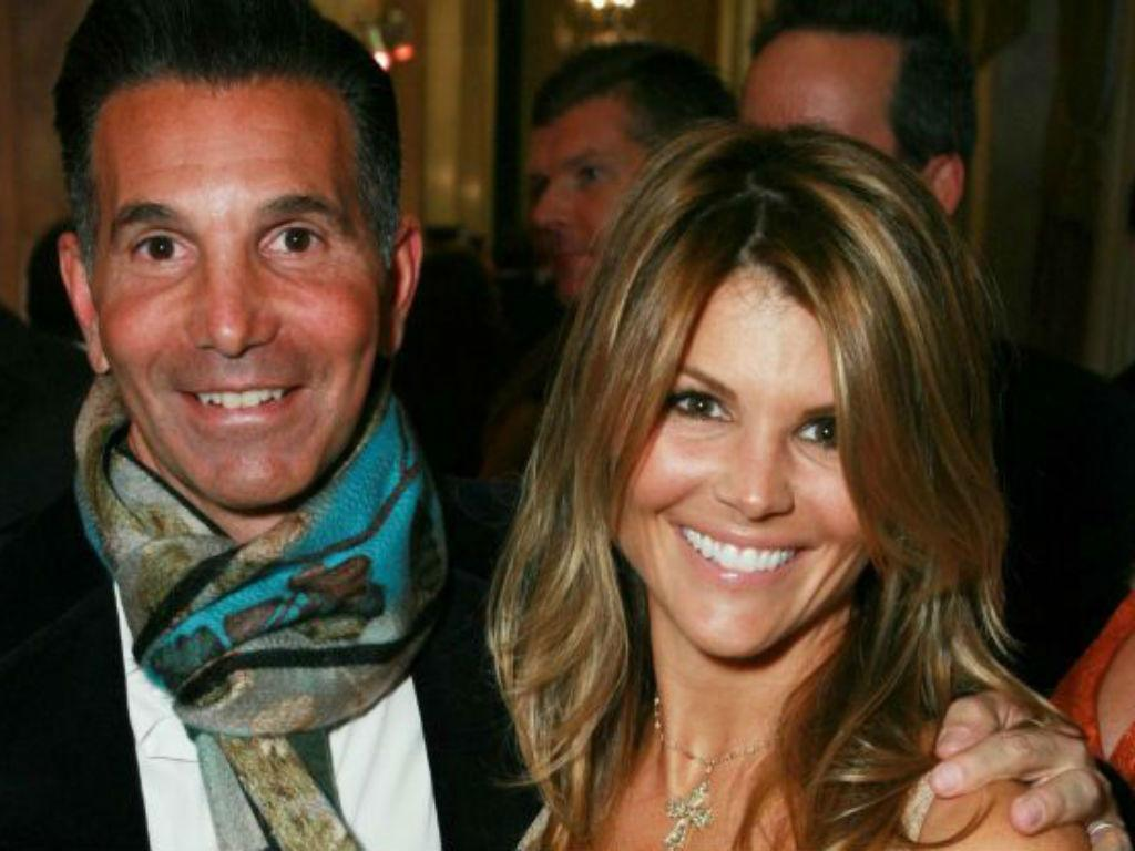 Lori Loughlin And Mossimo Giannulli Divorce Rumors Heat Up Amid College Admissions Scandal Fallout – Can Their Marriage Survive The Drama?