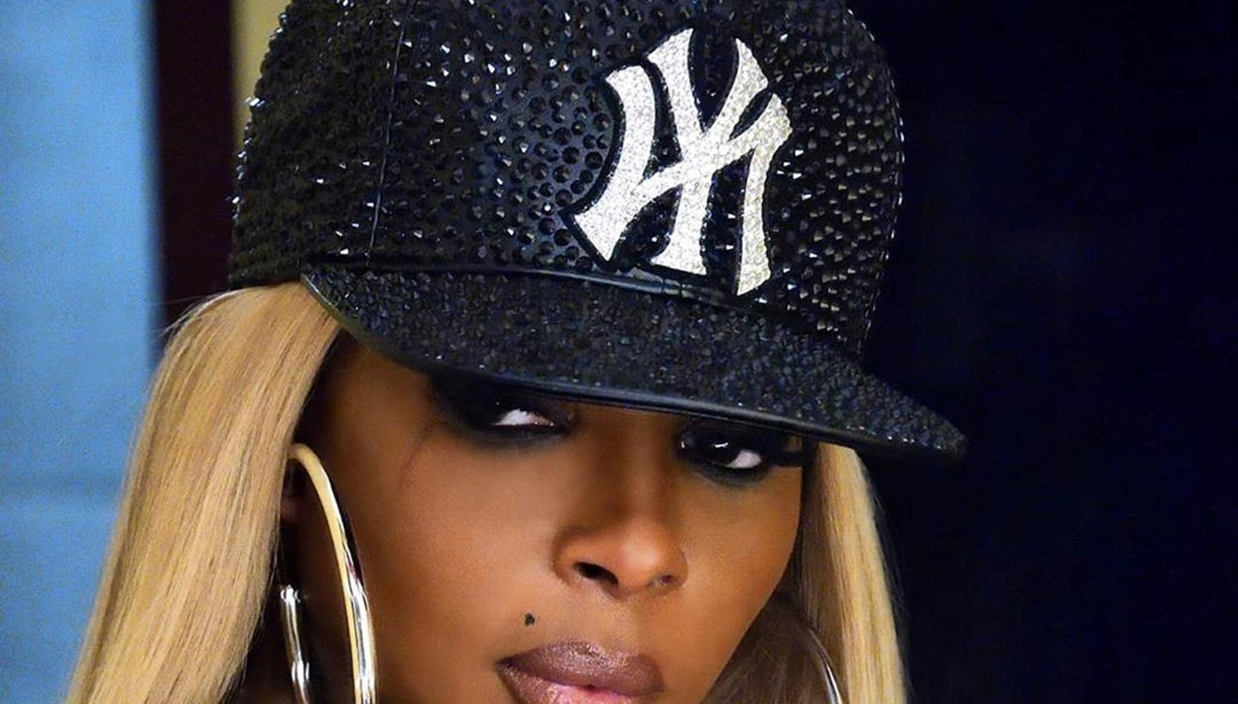 Tiny Harris Goes Crazy Over Photo Of Mary J Blige In A Revealing Bathing Suit -- Toni Braxton And Queen of Hip Hop Soul Are Killing It
