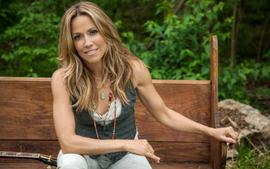 Sheryl Crow Says She Didn't Understand The Whole Taylor Swift Masters Fiasco - 'That's The Business'