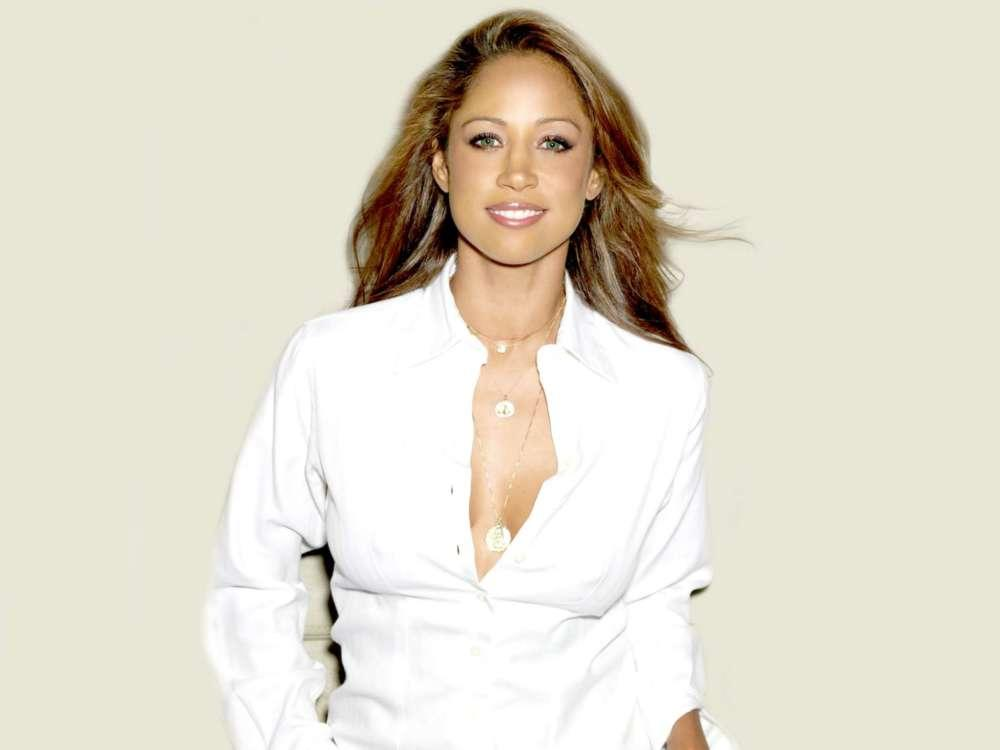 Reports Claim Stacey Dash's Husband Threatened To Choke Her And That's Why She Hit Him