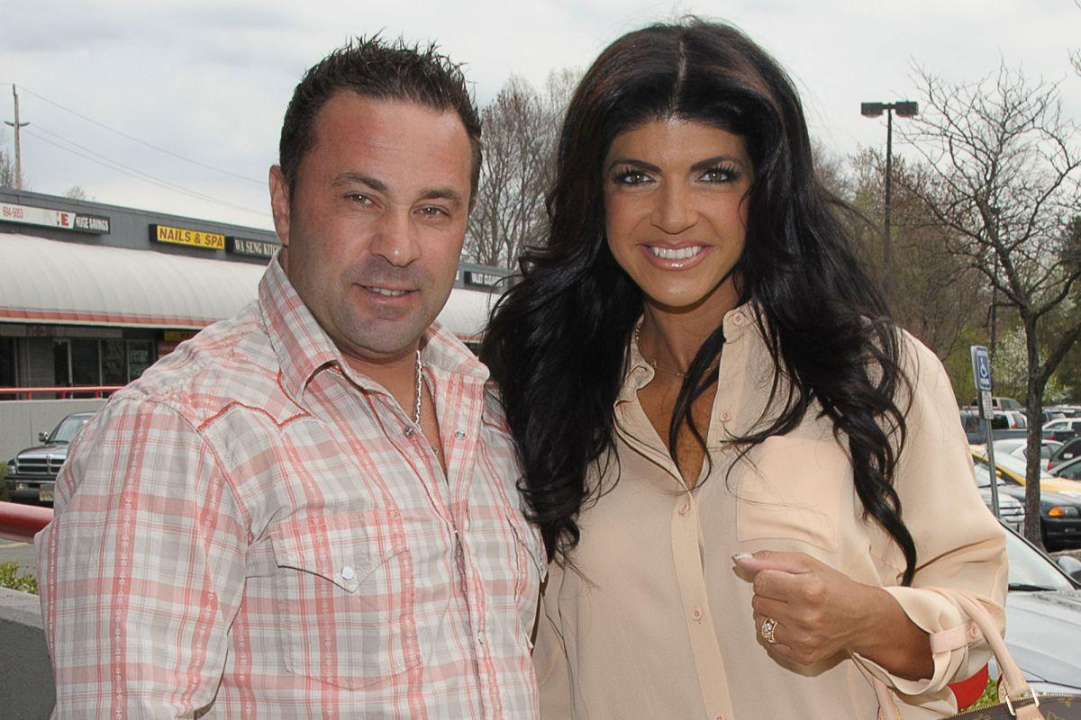 Teresa Giudice Has Reportedly Come To Terms With Joe's Deportation - But Why Is She Not Filing For Divorce?