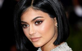 KUWK: Kylie Jenner Skips The Emmys Even Though She Was Expected To Present - Here's Why!