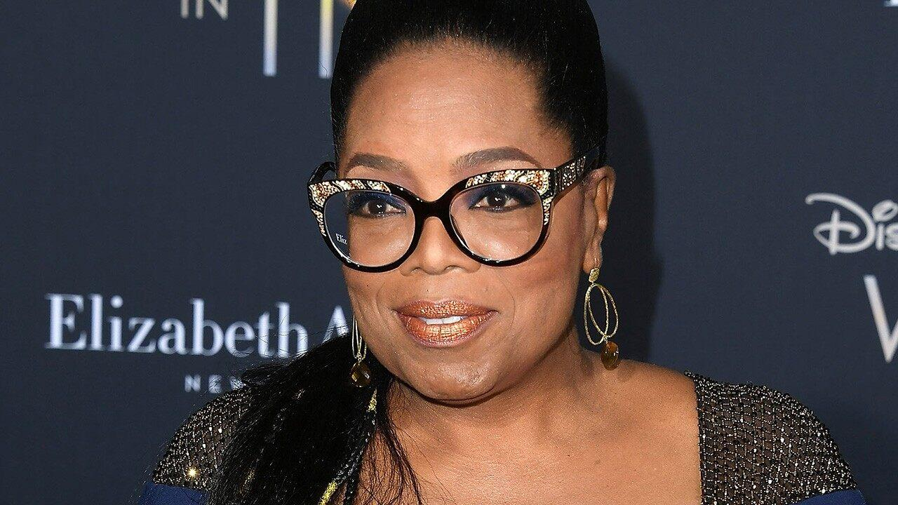 Oprah Winfrey Reveals She Had A Severe Health Problem - It Was So Scary Her Doctor Asked For A Hug!