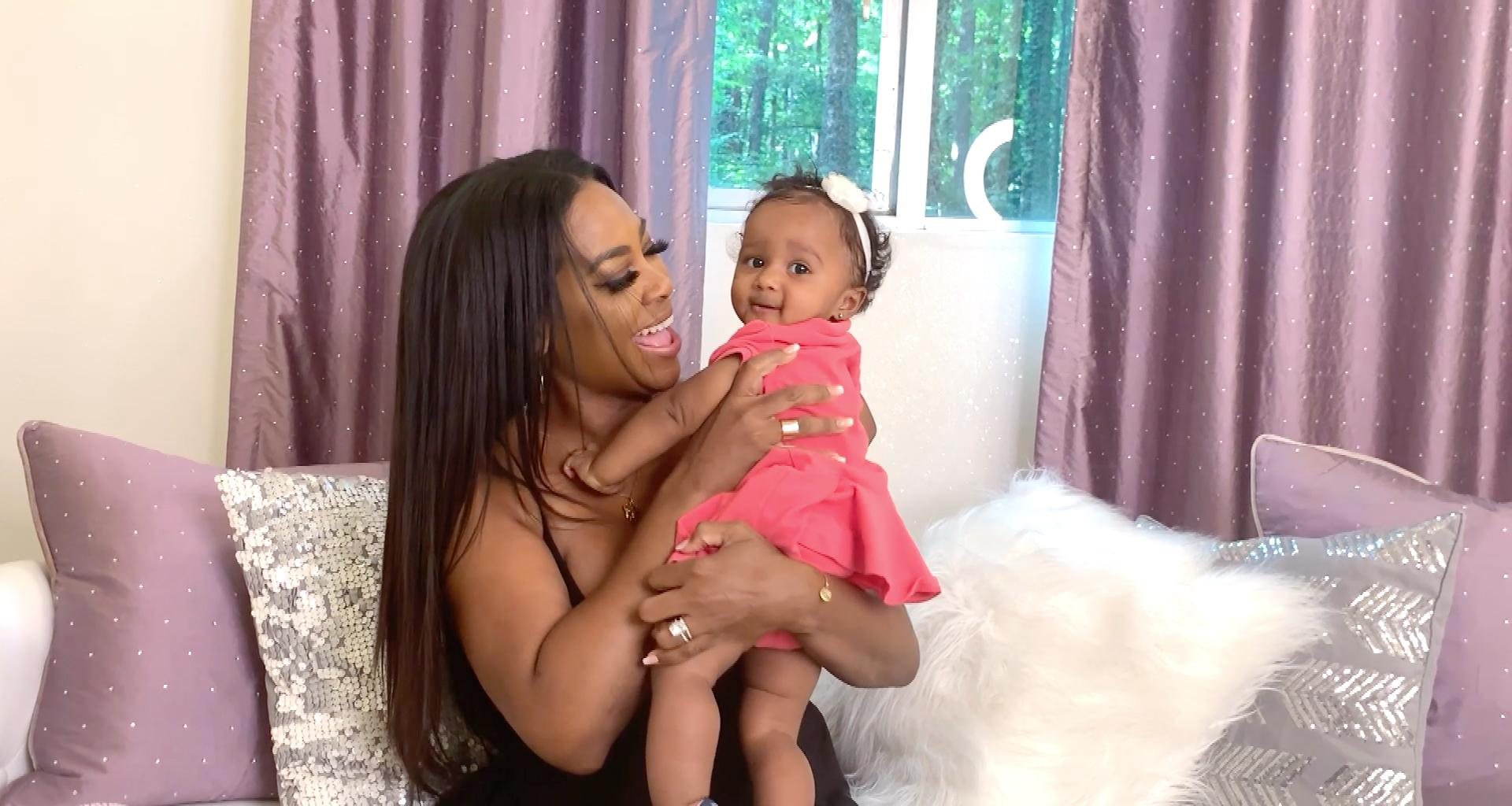 Kenya Moore's Baby Brooklyn Daly Thinks She's A Comedian - See The Video