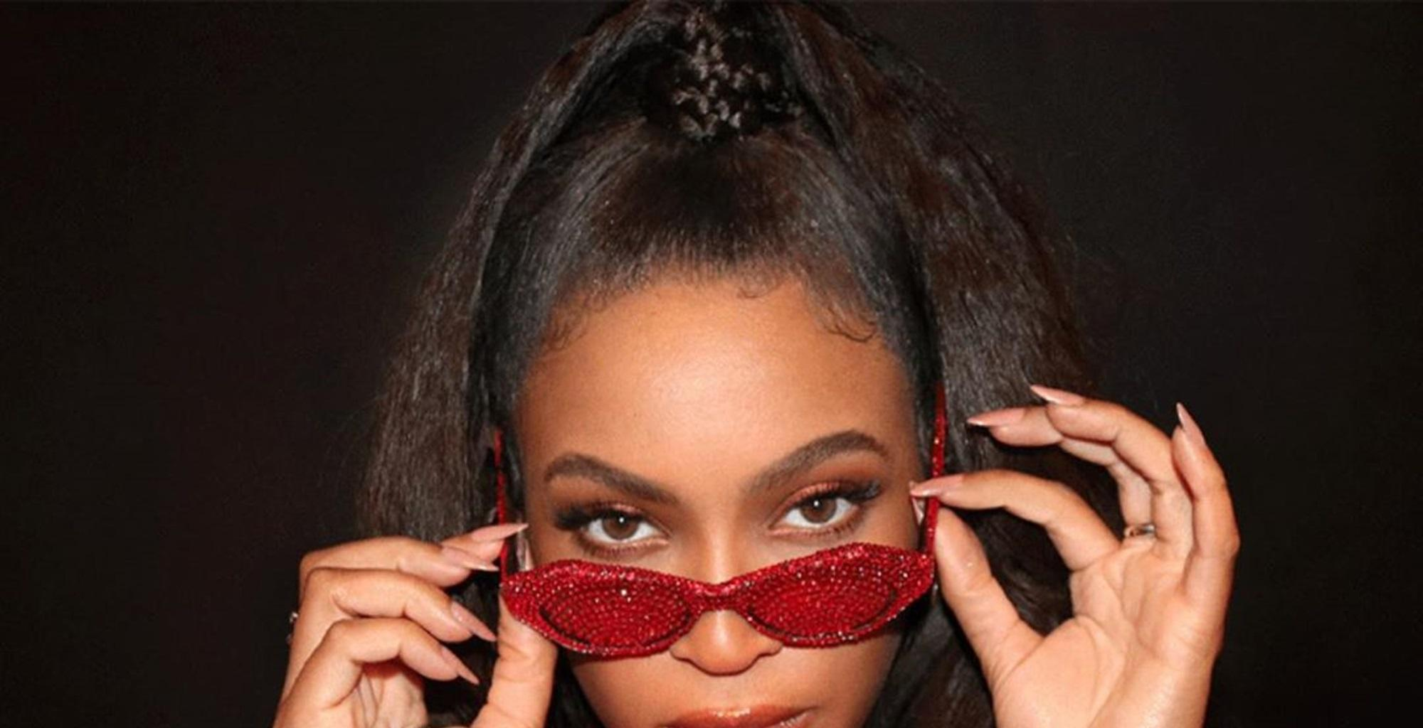 Beyonce Shuts The Internet Down In Tight Red Dress -- New Photos Spark Another Debate On Who Is Really 'The Most Beautiful Woman In The World'
