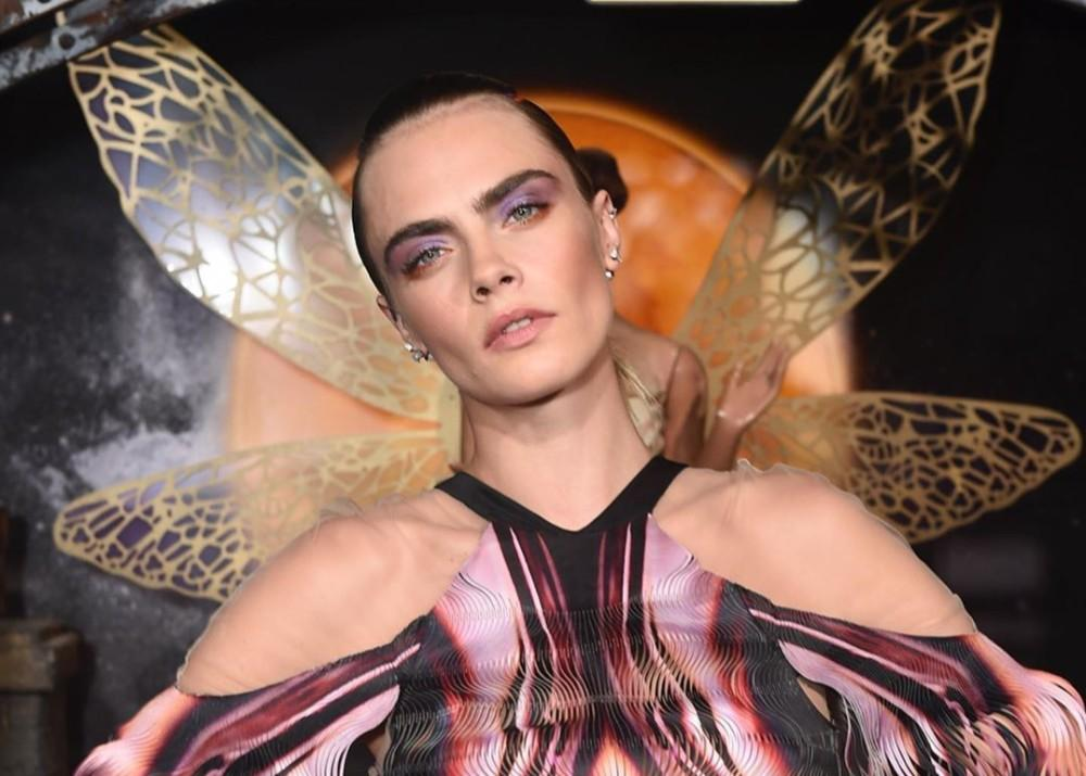 Cara Delevingne Sticks Out Her Tongue, Spreads Her Legs In One Of Gigi Hadid's Backstage Photos