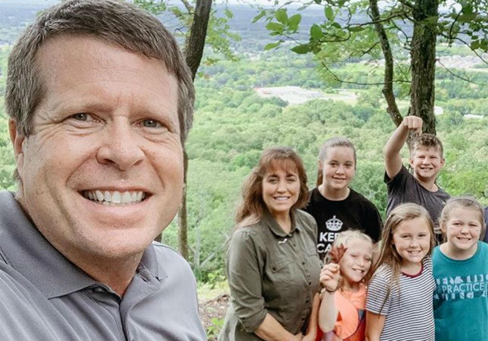 Counting On - Does Jim Bob Duggar Keep All Of The TLC Money Instead Of Sharing It With His Kids?