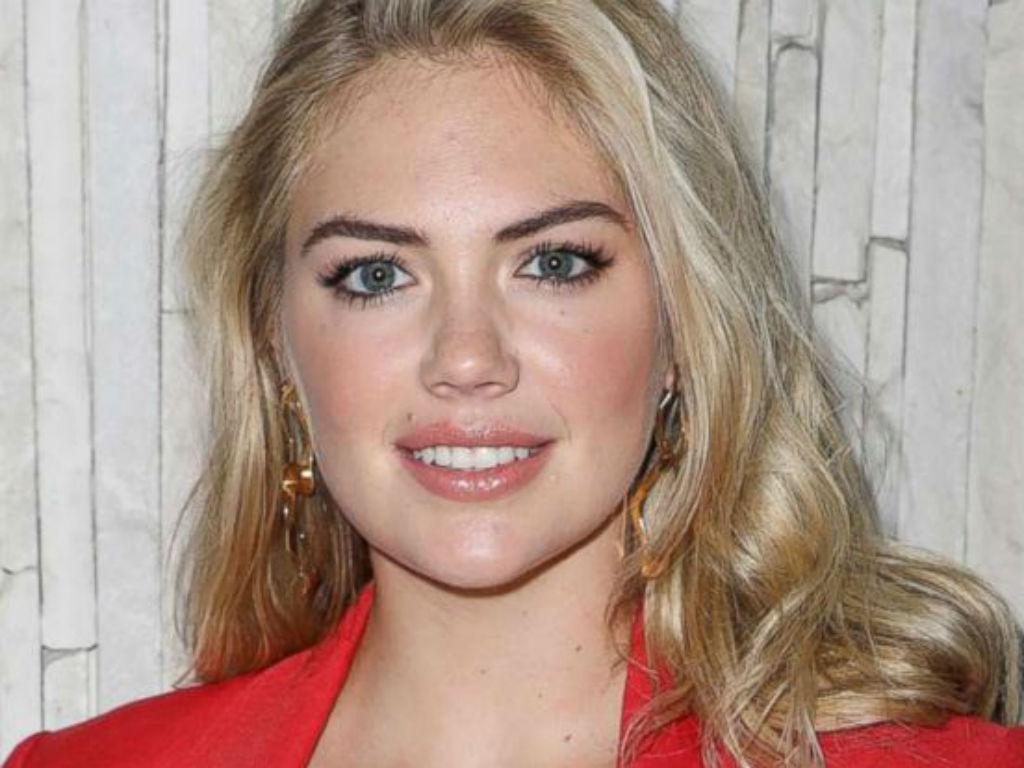 Kate Upton Shares Cute Photo Of Daughter Genevieve Cheering On Dad Justin Verlander