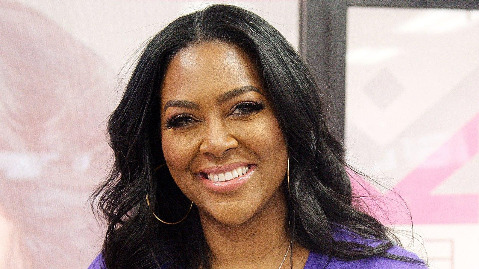 Kenya Moore Puts Her Booty On Display - Fans Tell Brookie's Mom That She Inspires Them