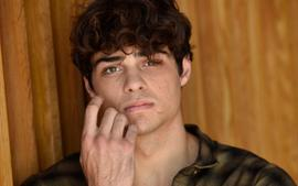 Noah Centineo Shaves His Long Wavy Hair And His Fans Can't Deal!