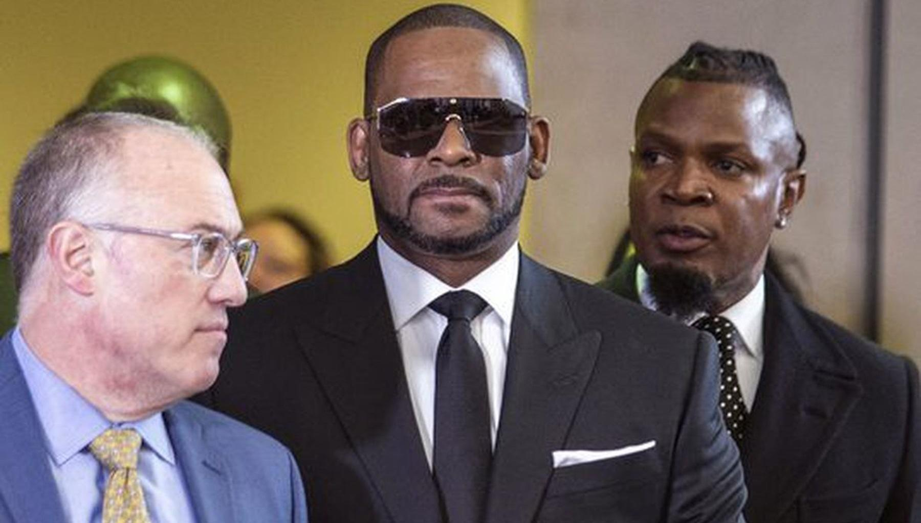 R. Kelly Accused Of A New Crime -- R&B Star Allegedly Attempted To Blackmail His Victims By Doing This