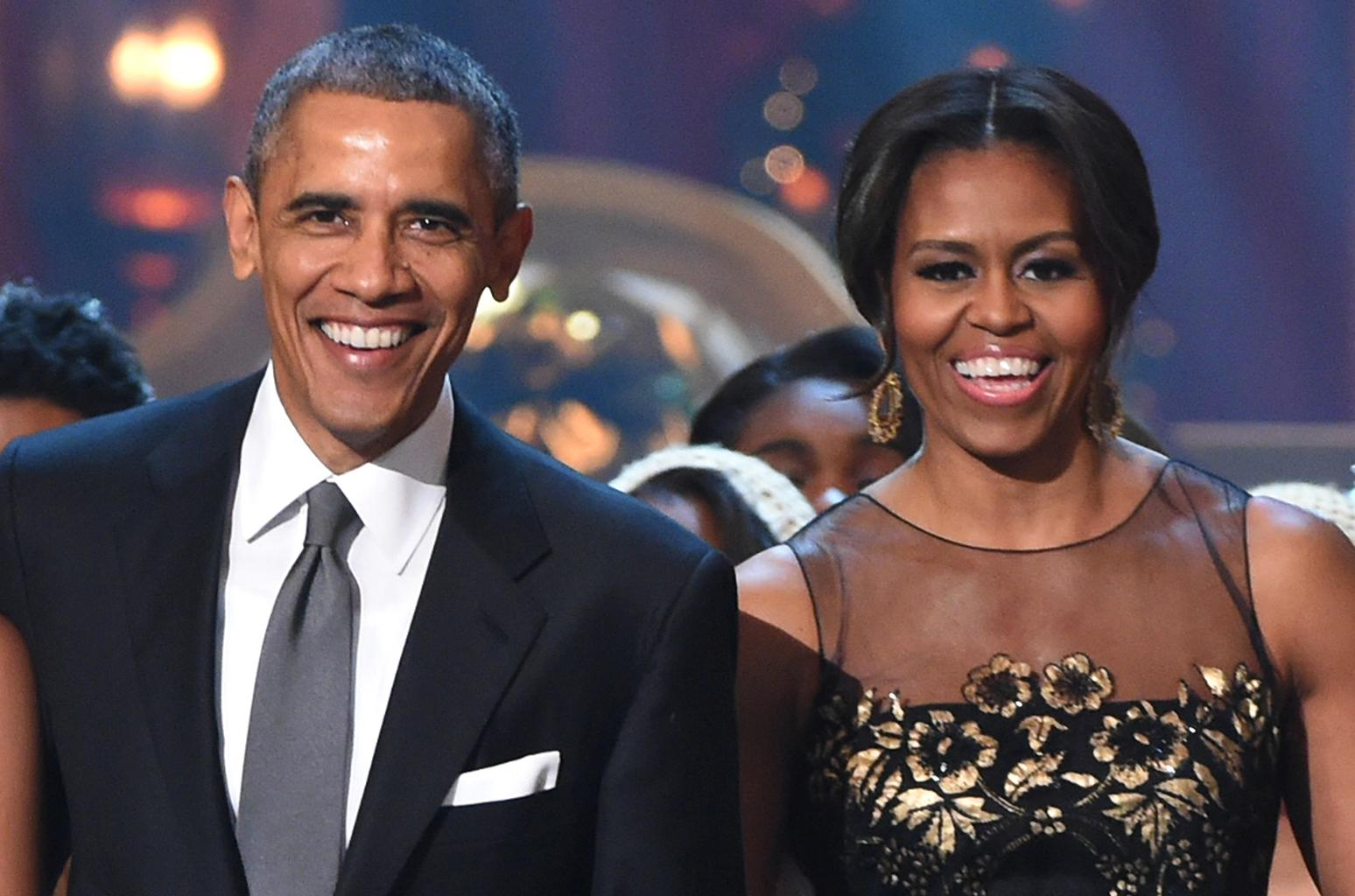 Barack And Michelle Obama Celebrate 27 Years Of Marriage - Check Out Their Romantic Posts!