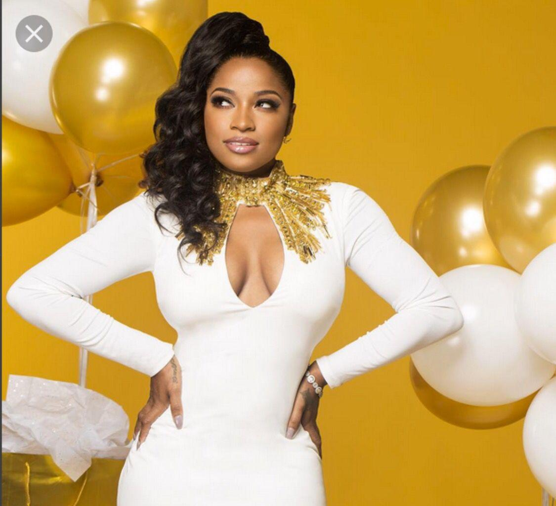 Toya Wright Impresses Fans With New Pics From A Family Gathering At Her New Home