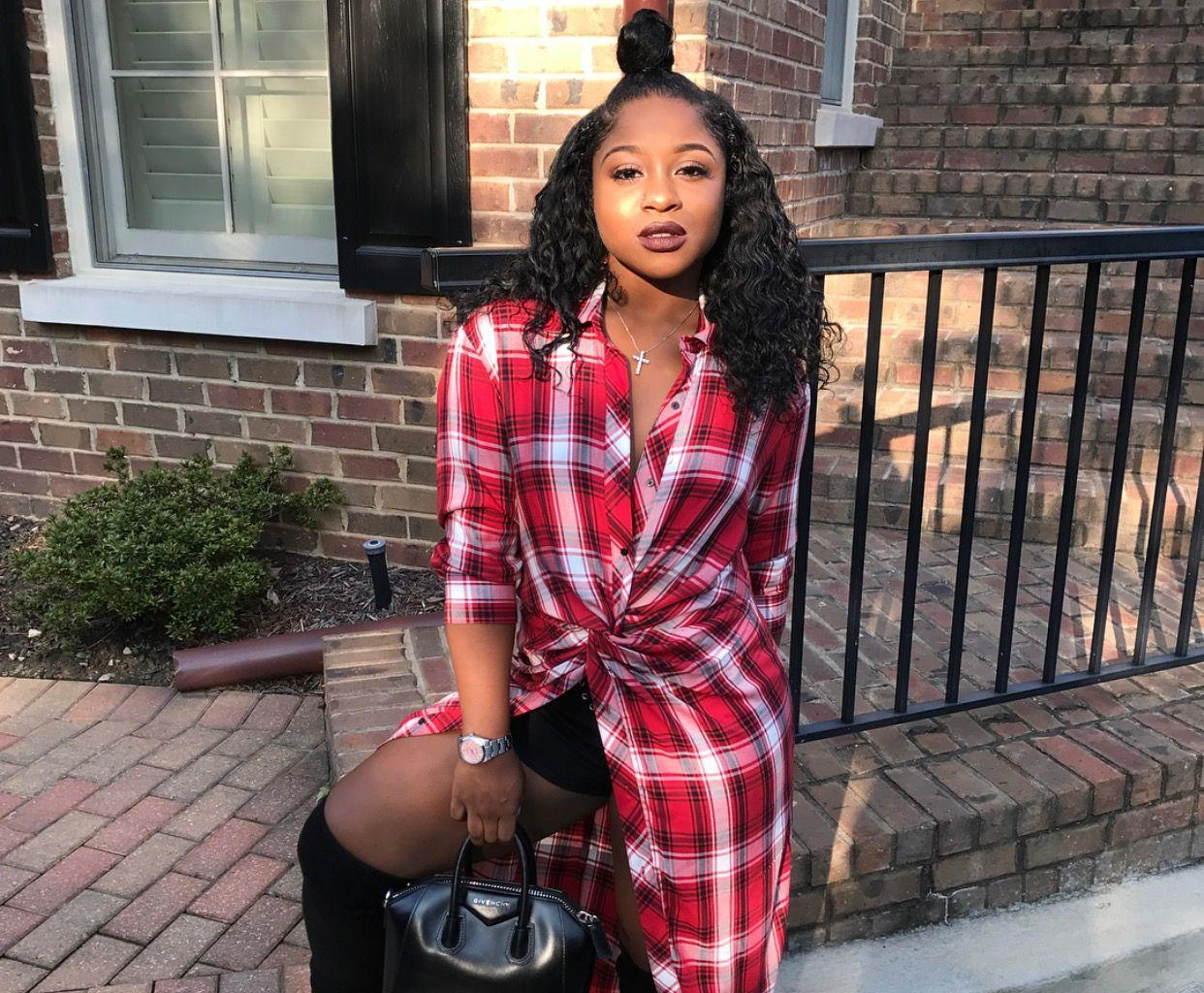 Reginae Carter Flaunts Her Toned Body On A Boat In Spain While YFN Lucci Is Hateful On Social Media