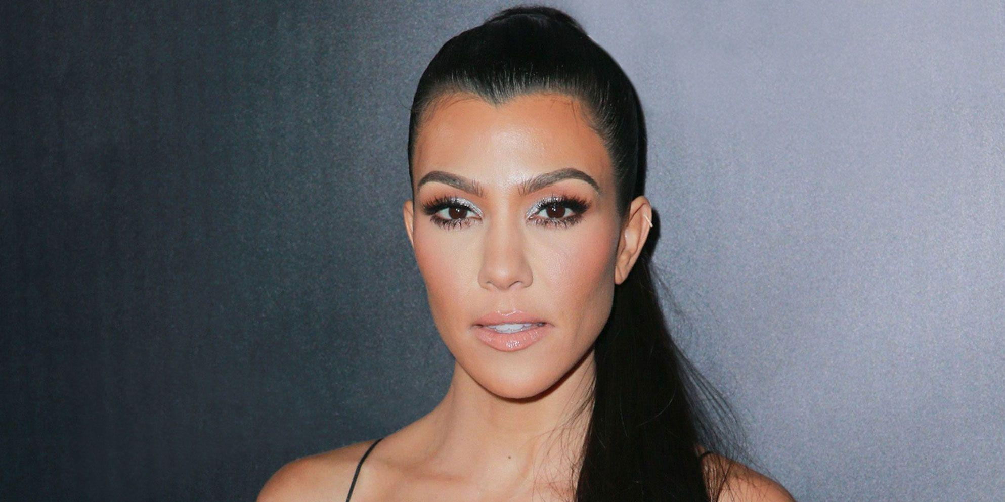 KUWK: Kourtney Kardashian Discovers Money And An iPad Were Stolen From Her And She Suspects It's Someone She Trusts