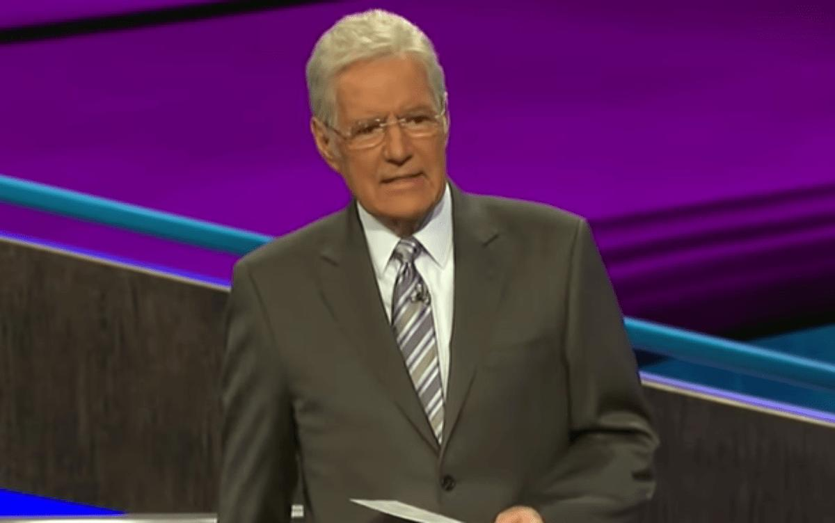 Alex Trebek Gests Sweet Message During Final Jeopardy And It Will Make You Cry — Watch 'We Love U Alex' Full Video