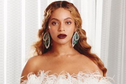 Beyonce And Jay-Z Enjoy Lavish Vacation -- Photos Confirm That Chelsea Clinton's Husband Was Right All Along