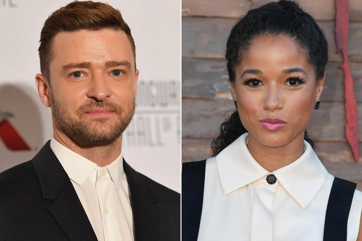 Justin Timberlake Photographed Holding Hands With Another Woman Without His Wedding Ring On!