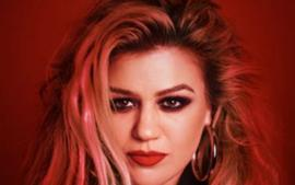 Kelly Clarkson Announces She Is Headed To Sin City In 2020 For 'Invincible' Las Vegas Residency