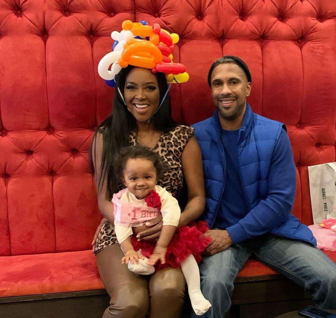 Kenya Moore Still Rocking Her Wedding Ring And Says Marc Daly Couldn't Take His Eyes Off Of Her During Brooklyn's 1st Birthday Party