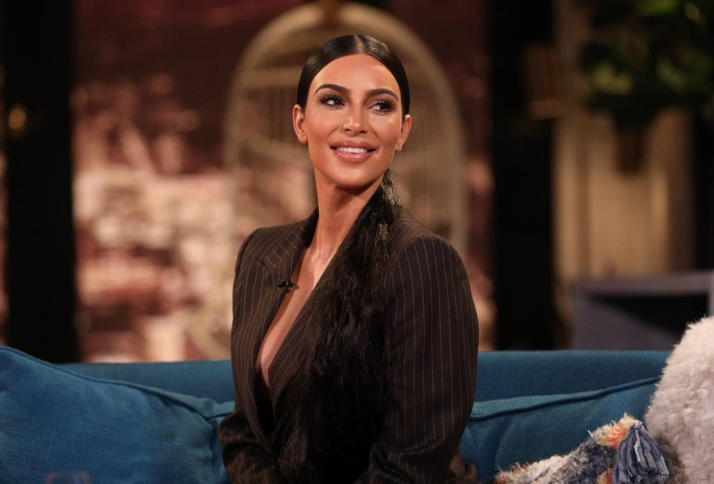 KUWK: Kris, Kim And Kourtney Kardashian Give Bags Of Food To People In Need After Food Fight Backlash!