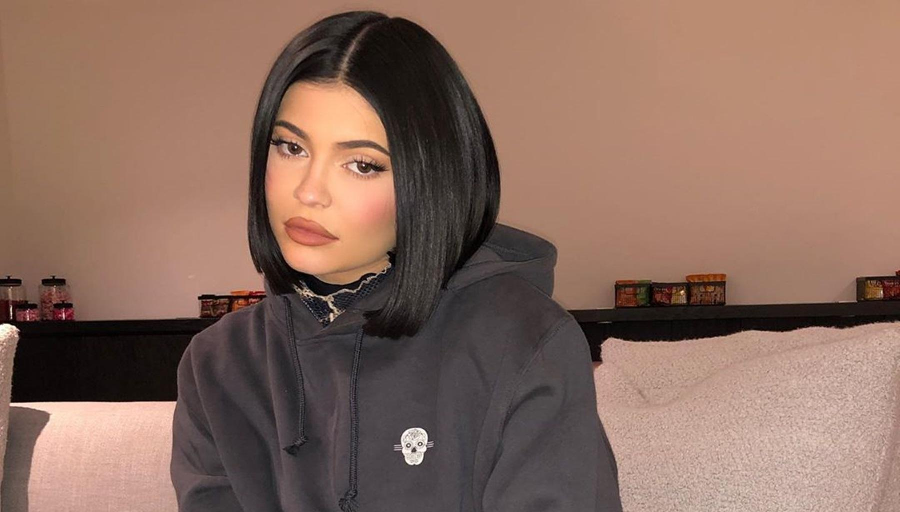 Kylie Jenner Might Be Using Drake To Make Travis Scott Jealous -- Is It Working?