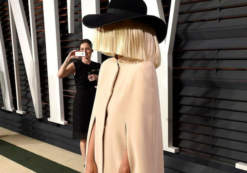 Sia Named As 'Mystery Woman' Who Paid The Bill For Several Shoppers At California Walmart On Thanksgiving