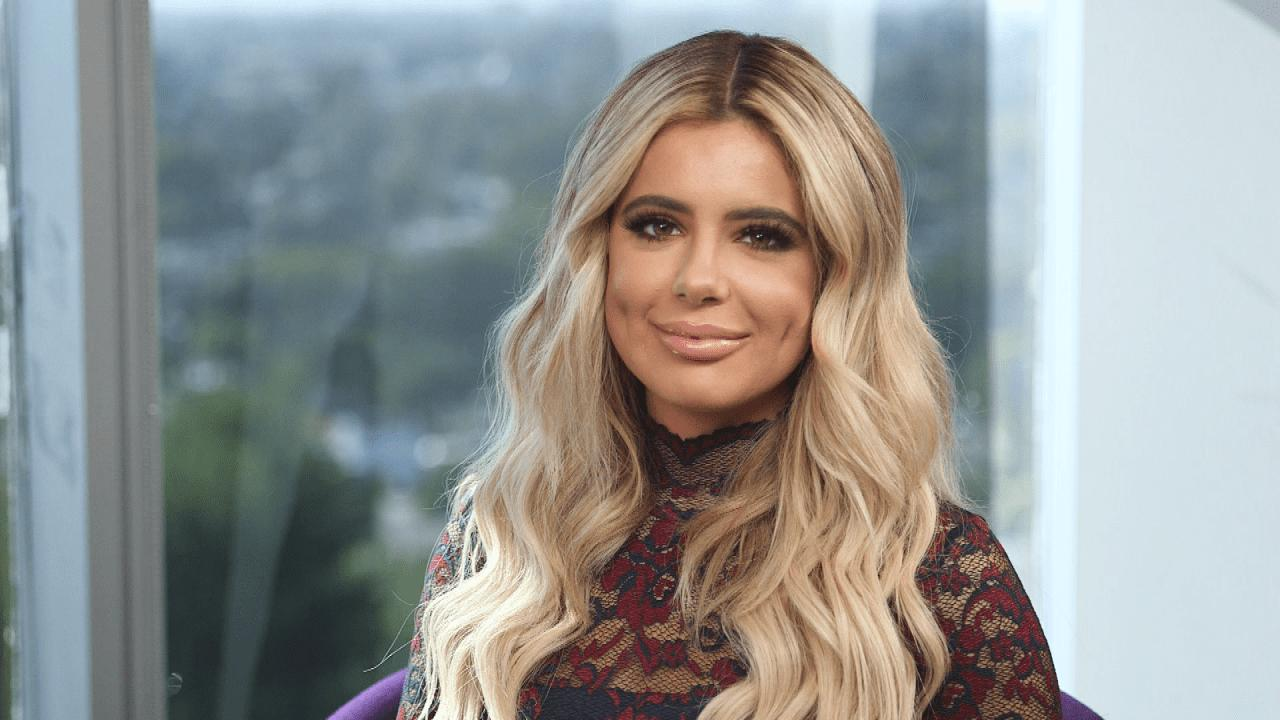 Brielle Biermann's Lips Look Bigger Than Ever In New Selfie Video - Check It Out!