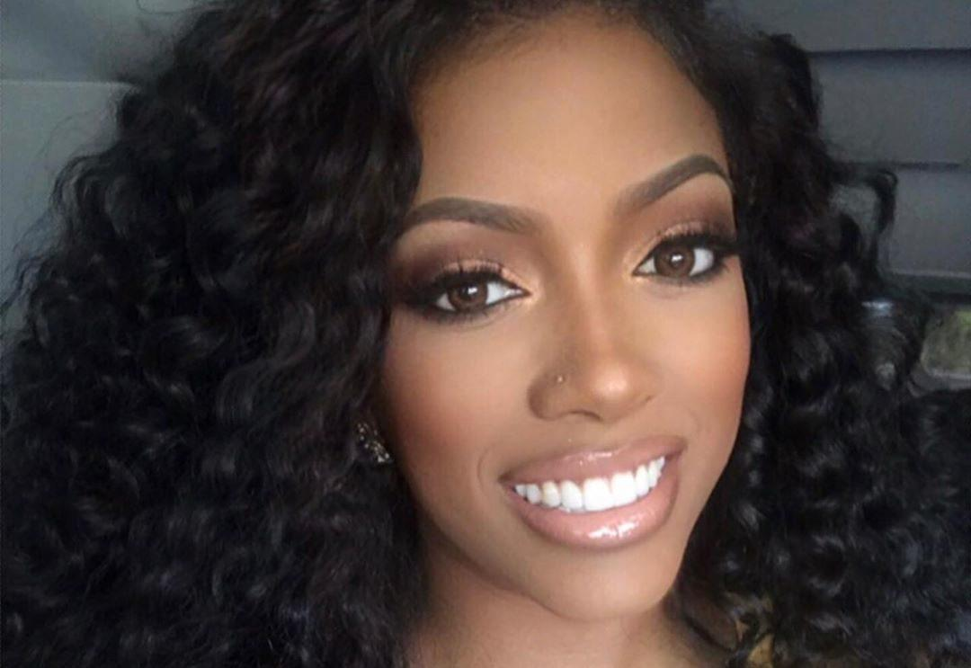 Porsha Williams Shows Off Her Snatched Waist On A Night Out With Pals - See The Videos