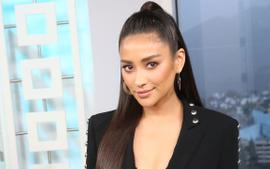 Shay Mitchell Shares The First Pic Of Her Baby And Reveals Her Name!
