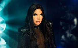 Toni Braxton Sings Along With Her Rock Crush From College - See The Video!