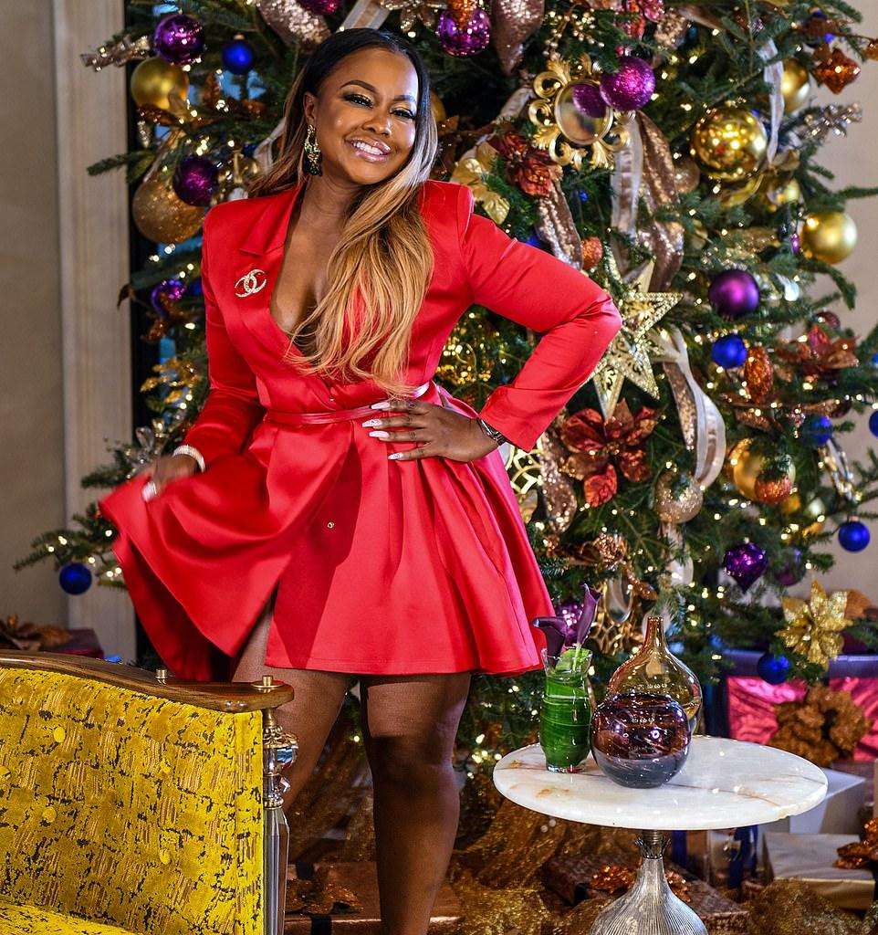 Phaedra Parks' Fans Want Her Back On RHOA To 'Put Kenya Back In Her Cage'