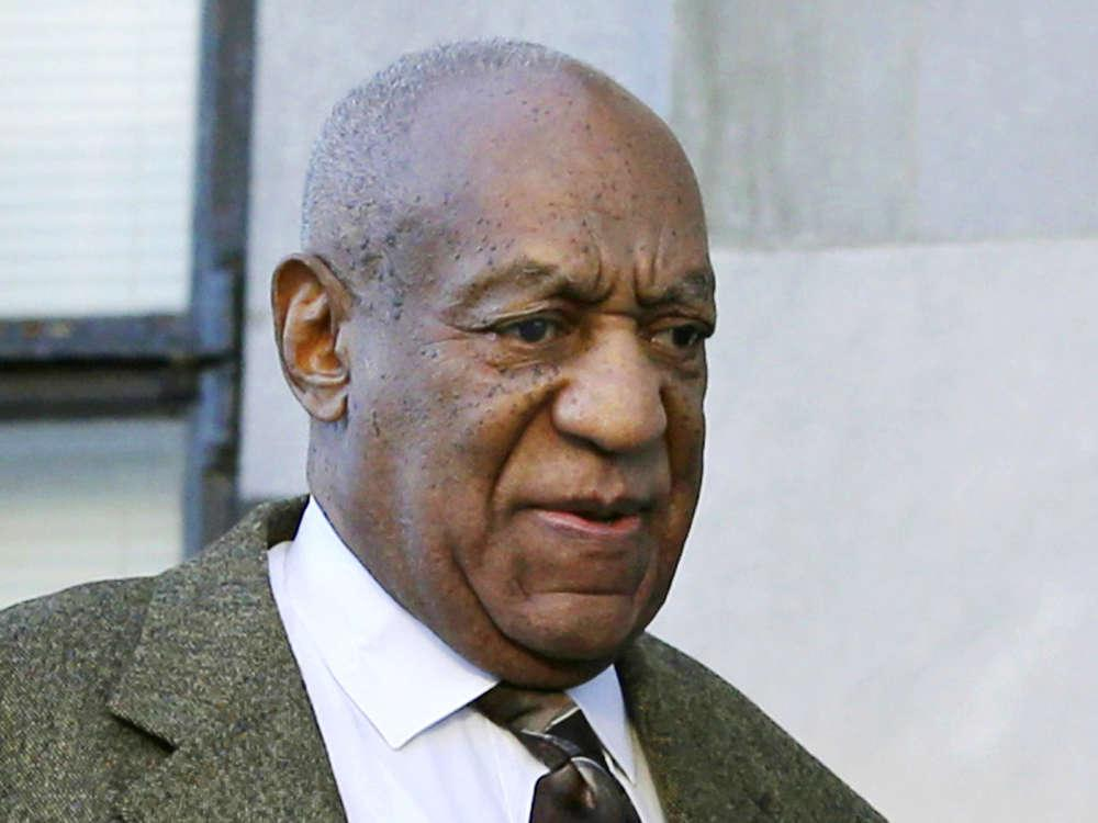 Bill Cosby Urges Fans To Avoid CNN And Other Mainstream News Organizations And Support 'Black-Owned' Publications Only