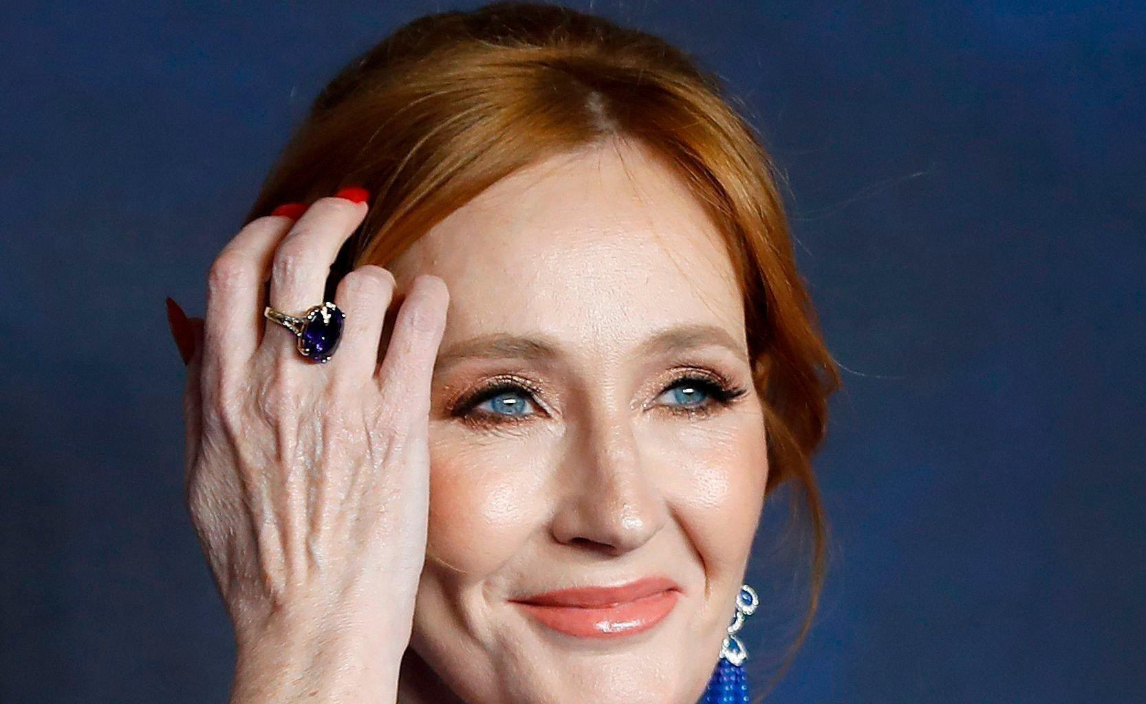 J.K. Rowling Breaks Fans' Hearts After Showing Support To A Woman Fired Over Transphobic Comments