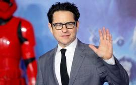 J.J. Abrams Explains Why He Included A Same-Sex Kiss In Star Wars: The Rise Of Skywalker