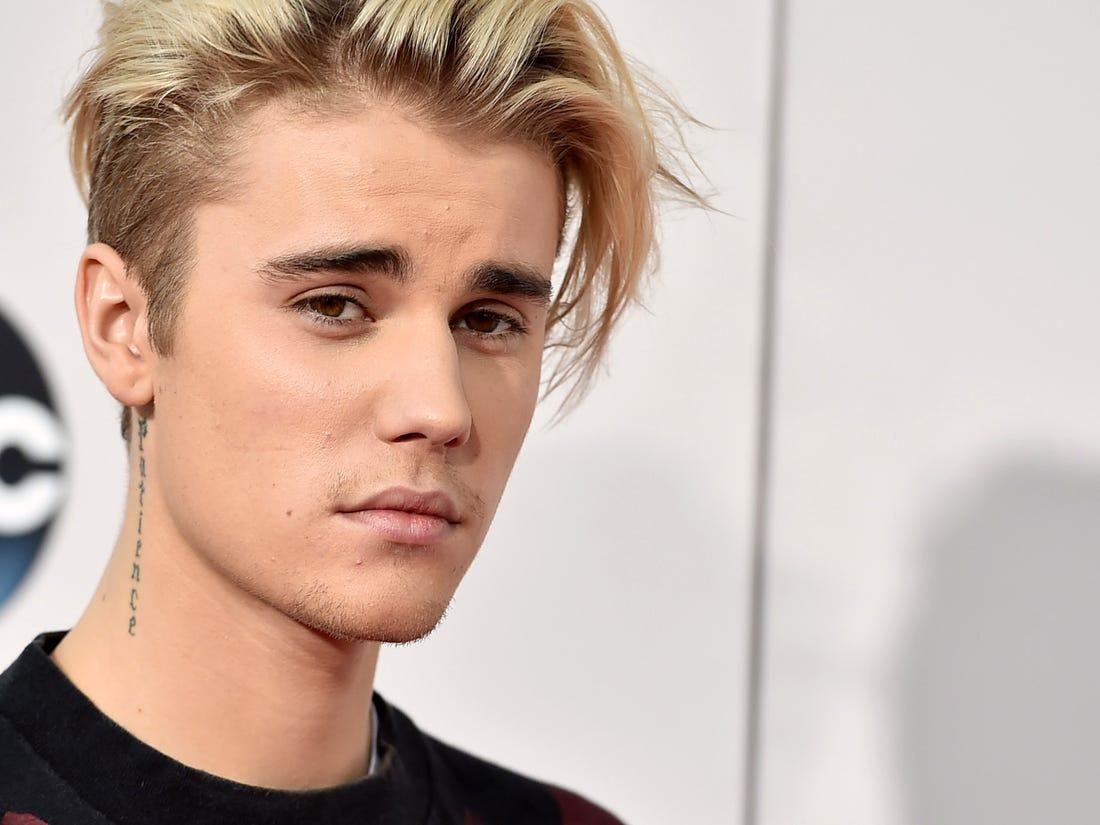 Justin Bieber Shows Off New Neck Tattoo And Fans Like It A Lot - Check It Out!